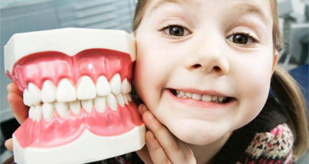 Нужно ли лечить молочные зубы фото
